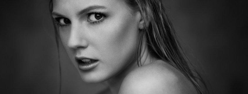 Schwarz Weiß Portrait Lilith