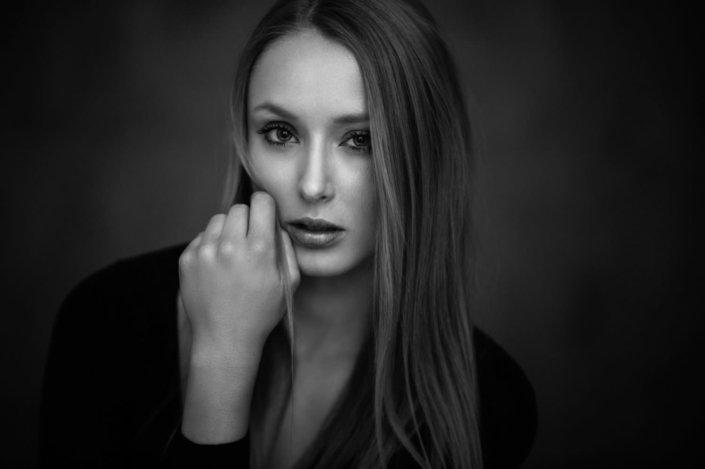 s/w Portrait Model Rebecca