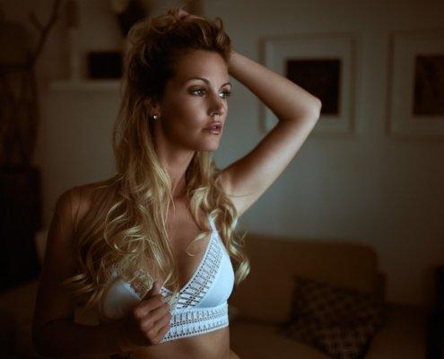 Dessous Sensual Portrait, Model Stephanie Marie