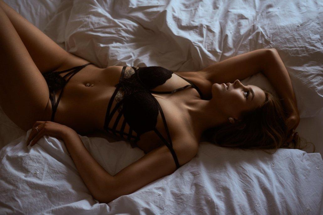 Boudoir und Sensual im Bett, Model Birte
