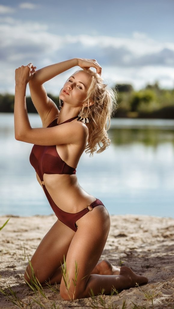 Beach mit Model Annetta Negare