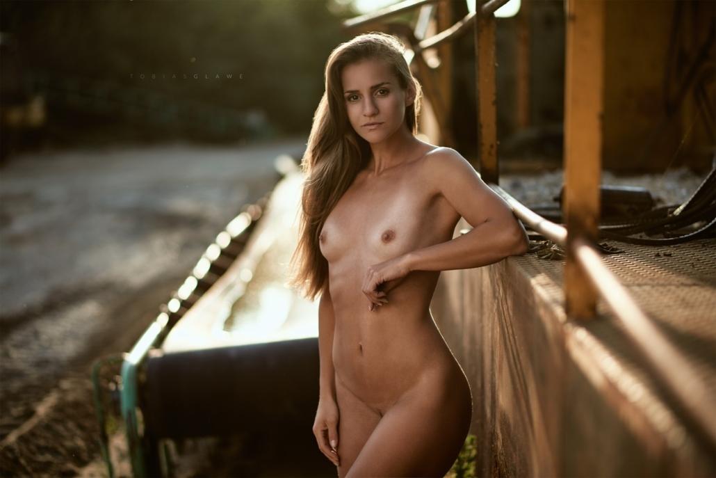 Akt im Sonnenuntergang, Model Jolina