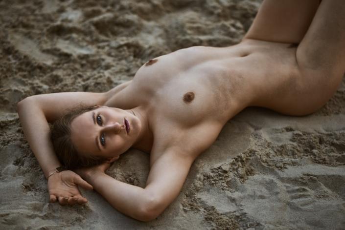 Outoor Akt am Strand mit Katja